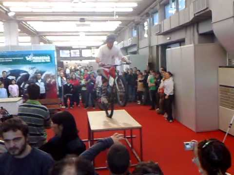 Athens Bike and Run Expo - Stunt demo
