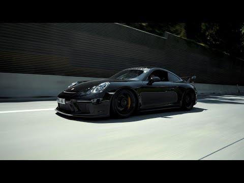 King Kong X Godzilla | Porsche GT3s
