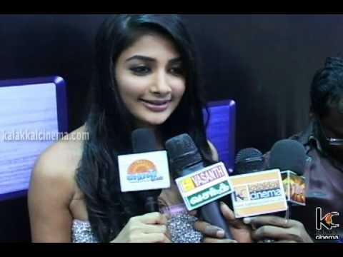 Jeeva and Pooja Hegde Talk about Mugamoodi