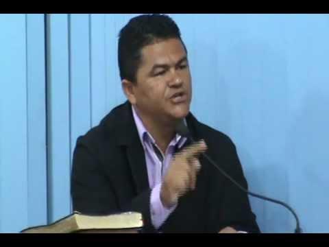 Denilson fala aos Servidores Municipais