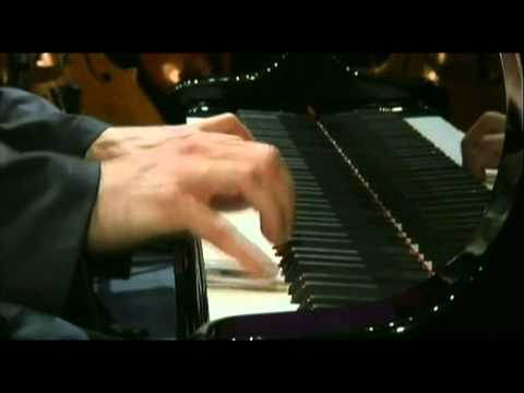 Beethoven Piano Concerto no 4  in G major  Paul Lewis