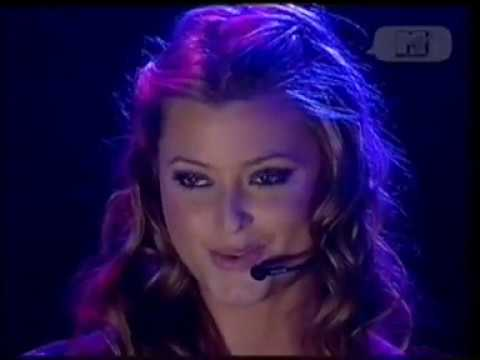 Holly Valance - Kiss Kiss (Live MTV 5 Night Stand 2002)