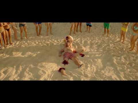 Акула отгрызла ногу ( Женщины против мужчин 2015 )