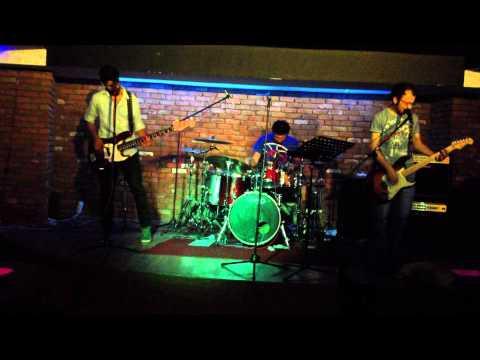 Radiohead - Jigsaw Falling Into Place ( Dopamin Cover ) 'saundcheck'