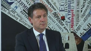 Roma, Il Presidente del Consiglio Giuseppe Conte parla alla stampa estera