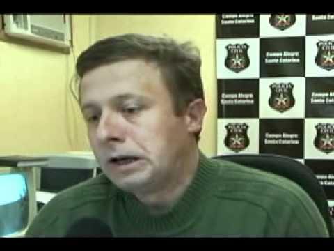 SBT News: Padrasto é suspeito de matar enteada em Joinville (18/05/2011)