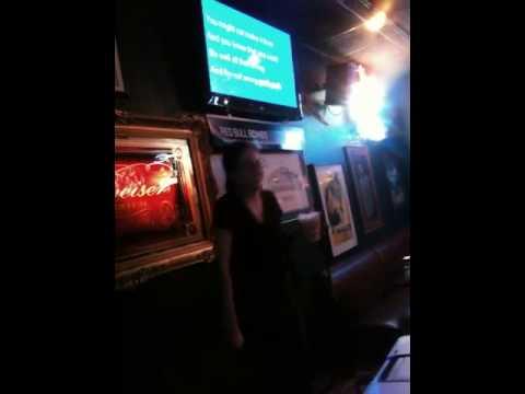 Karaoke @ harpos 3