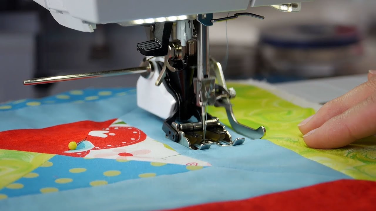 Tutorial: how to sew with the BERNINA walking foot no  50