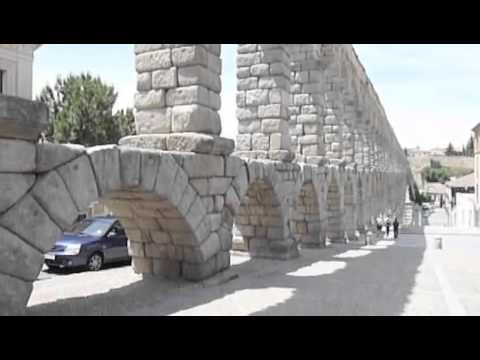 Keystone arches from Rome to Middle Ages