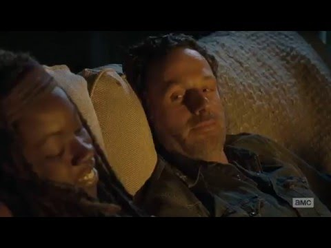 The Walking Dead - Rick and Michonne kissing and sleeping together thumbnail