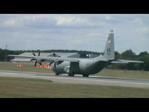 C130 Takes Off - Farnborough Airshow 2010