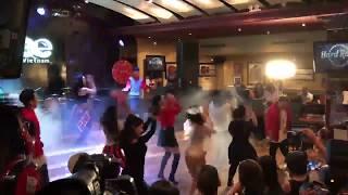 Hoà Minzy nhảy cùng dàn diễn viên Glee Việt Nam