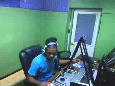 ''PRAISE WITHOUT LIMIT'' 4.07.2013 ON PROSPERITY FM IN CAYMAN WITH DJ ROBERT