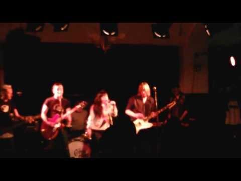 The Dahlmanns - You dumb me down, Live