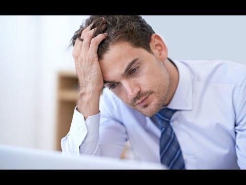 القلق المالي سبب رئيسي لأمراض الجلد بين أوساط الشباب