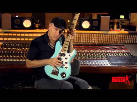 Billy Sheehan's Right Hand Technique