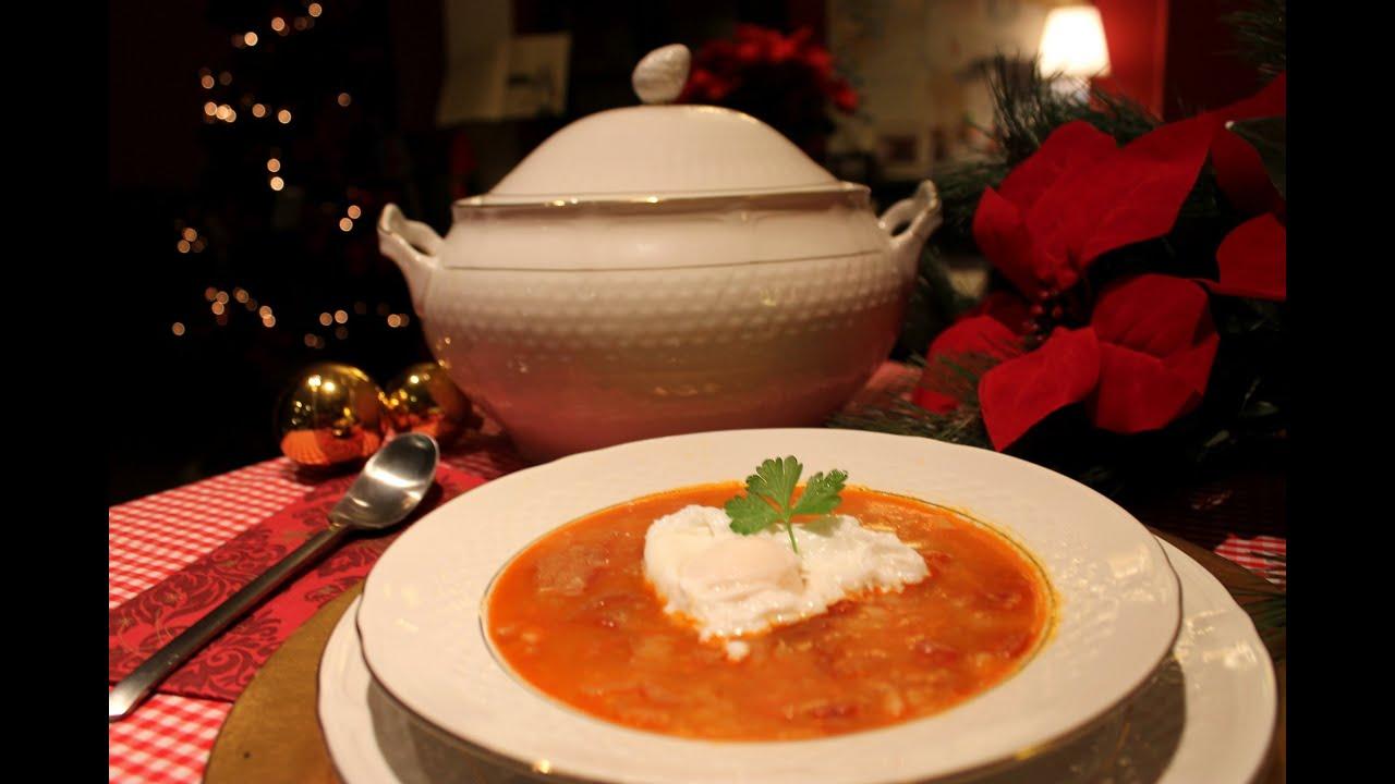 Sopa de ajo o sopa castellana con huevo escalfado garlic - Sopa castellana casera ...