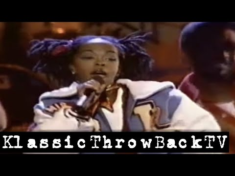 """Lauryn Hill - """"Doo Wop (That Thing)"""" Live (1998)"""