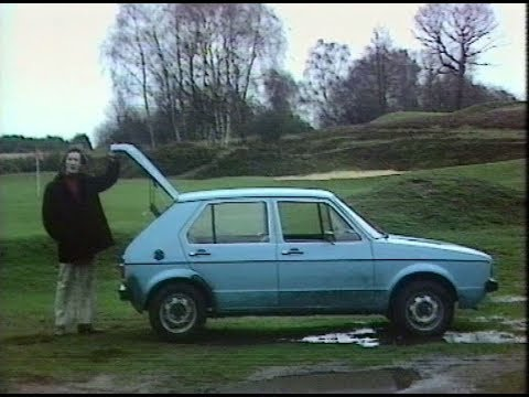 Volkswagen Golf Mk1 | Retro Car Review | German Car | Drive in | 1974