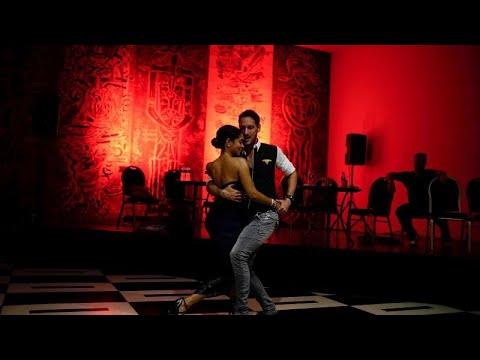 شاهد: بطولة العالم لرقصة التانغو في الأرجنتين  - 15:54-2019 / 8 / 14