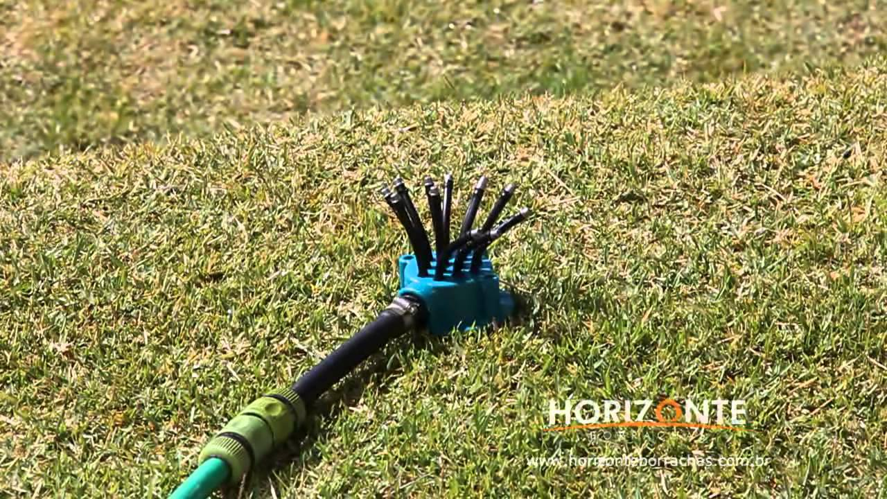 Aspersor com 12 sa das regul veis horizonte borrachas for Aspersor de agua para jardin