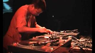 Kid Koala turntable madness LIVE