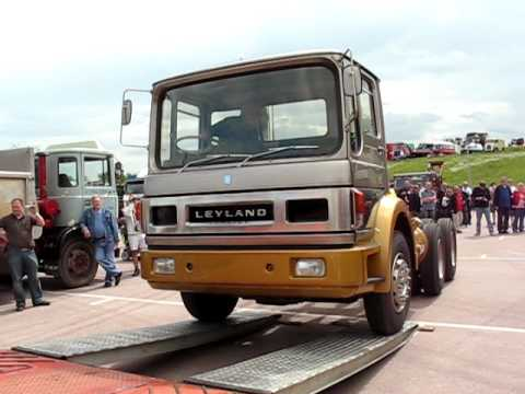 Leyland Gas Turbine Truck At The Clic And Vintage Show