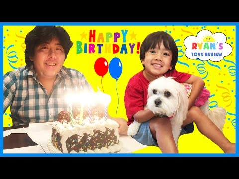 EVERYDAY WITH RYAN TOYSREVIEW - Daddy's Birthday , Lights Went Out & Playtime with Ella the Dog