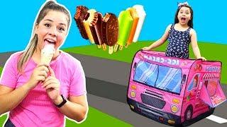 HELOÍSA E MAMÃE EM O CAMINHÃO DE SORVETES! Ice Cream Truck