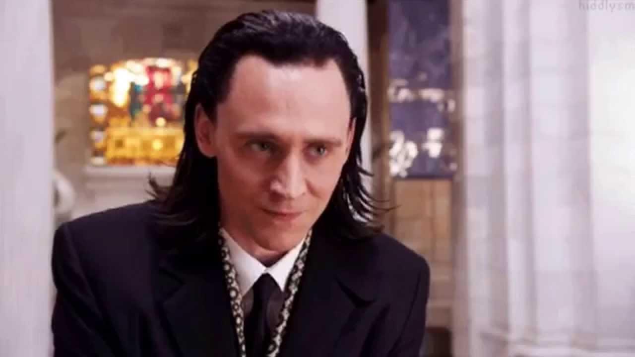 "Tom Hiddleston: Funny ""Loki's Love Stories"""