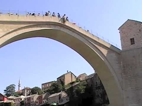 Aussie jumping from Mostar's old bridge