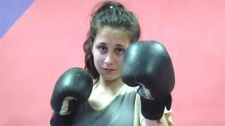Единоборства для девушек (Вин Чун, бокс...)(Видео уроки тайского бокса, муай тай. Самоучитель: https://www.youtube.com/playlist?list=PLG79zRvLxh47AB2YcVrfWSsD1YGB5EcIN ..., 2014-06-03T07:31:25.000Z)