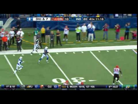 Tyjuan Hagler 35 yard interception TOUCHDOWN!!
