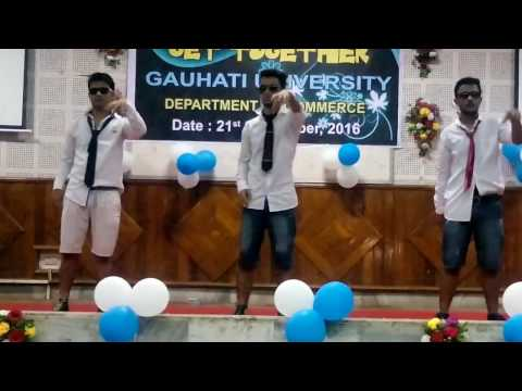 FUNNIEST STANDING DANCE EVER  BY DEPARTMENT OF COMMERCE, GAUHATI UNIVERSITY