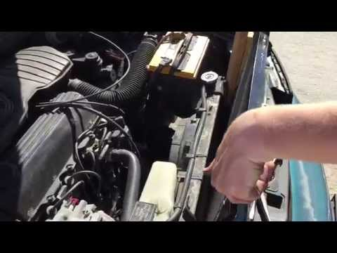 replacing-the-ac-condenser-in-a-car