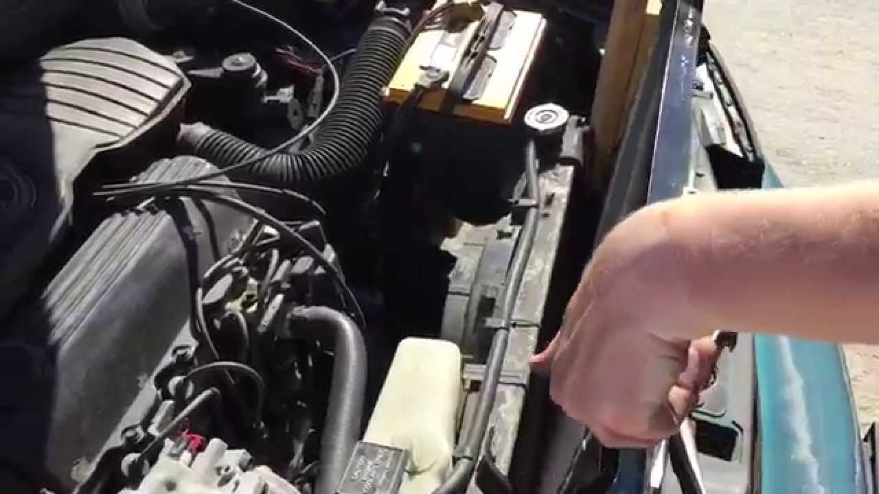 hight resolution of replacing the ac condenser in a car