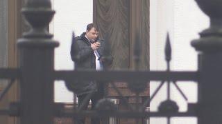 Член  ДНР  Максим Лещенко ушел от ответа по Минску