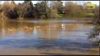 Yalding on flood alert