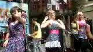 "The Pipettes ""Your Kisses Are Wasted On Me"" at SXSW 3-17-07"