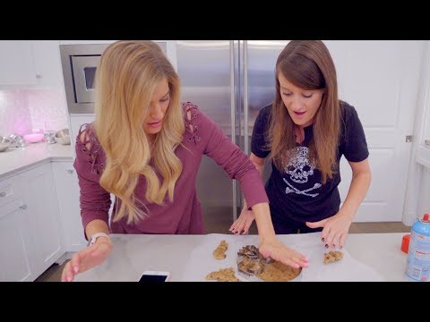 Download Youtube: Making A Skull Cookie Cake! 💀