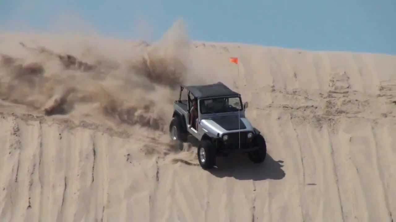 Silver Jeep Wrangler >> JEEP WRANGLER playing on test hill Silver Lake Sand Dunes ...