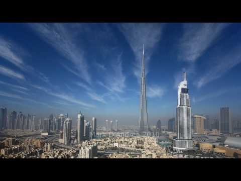 Clouds & Contrails over Downtown Burj Dubai