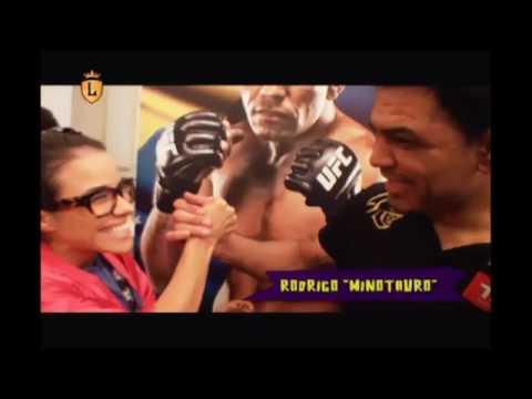 Teena comete gafe no UFC #arquivolegendários