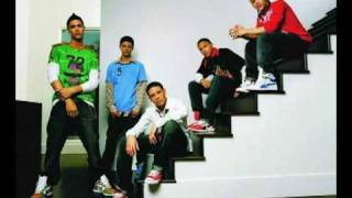 Watch B5 Whats Ur Name video