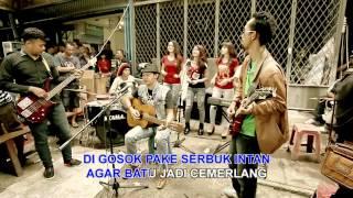 "Video Hizrah Bacan Reggae  - ""Gila Batu"" download MP3, 3GP, MP4, WEBM, AVI, FLV Mei 2018"
