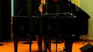 Ann Vriend - A Dollar and a Suitcase + Lyrics