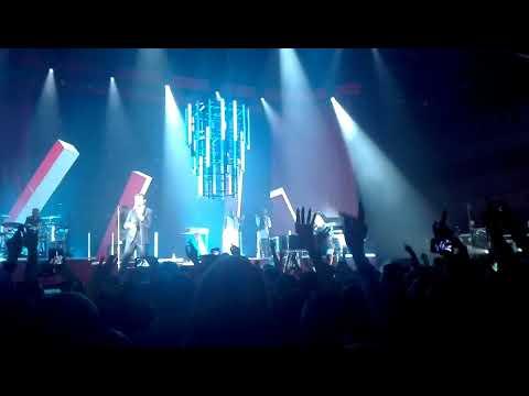 Hurts - Wonderful Life Live Warszawa...