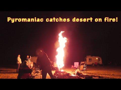 pyromaniac!-stun-gun-flashlight.