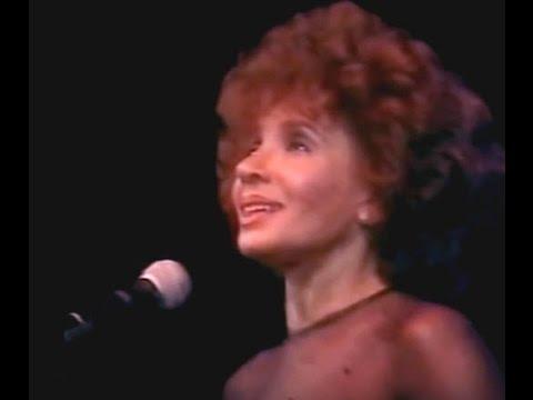 Shirley Bassey - Never Never Never (Grande Grande Grande) (1993 Live in Cardiff)