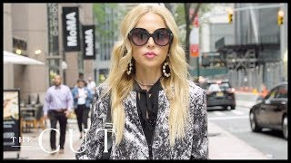 As the ceo of rachel zoe collection and box style, certainly has her hands full. from curating next must-have items for premium subscri...